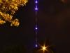 Sender Hamburg-Moorfleet, Hauptsendemast, im Juli 2014 (Blue Port-Illumination)